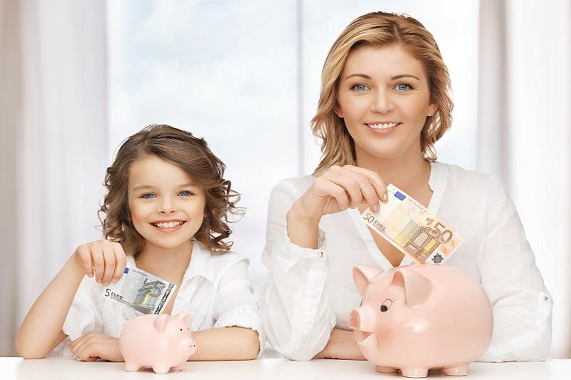 Jak uczyć dziecko oszczędzania?
