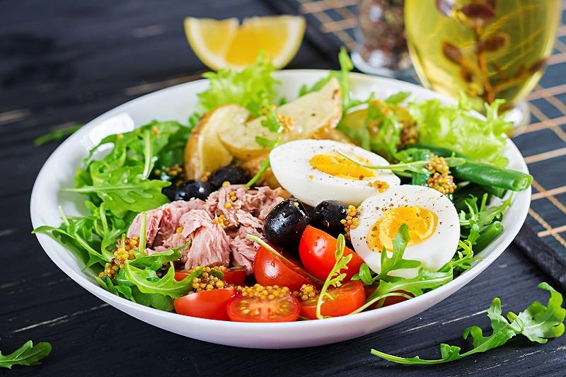 Jedzenie, które poprawia zdrowie i nastrój.